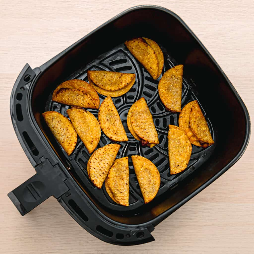 how to cook nini tacos in an air fryer.