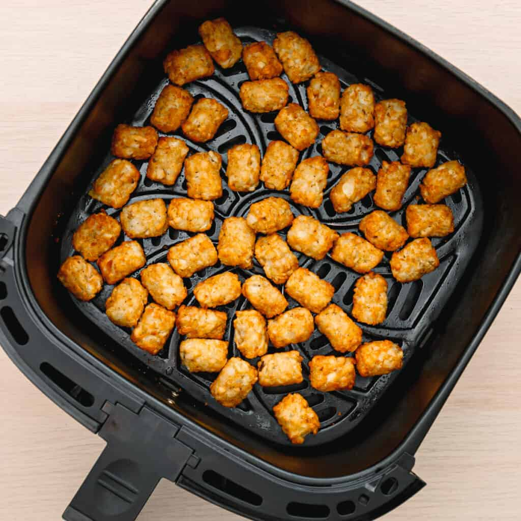 learn how to cook frozen tater tots in an air fryer.